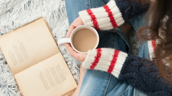 BUNDLE UP WITH A GOOD BOOK- Book Bundles TO GO!